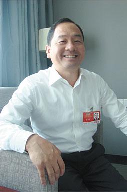 访全国政协委员 张彦森