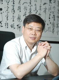 栾润峰董事长