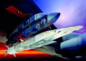 如近年研制的高超音速导弹,高超音速飞机,高超音速空天飞机等.